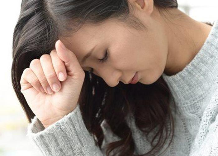 Hạ huyết áp tư thế xảy ra khi các cơ chế cân bằng nội môi của cơ thể bị rối loạn